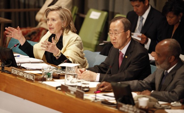 "U.S. Secretary of State Hillary Clinton (L) speaks as U.N. Secretary-General Ban Ki-moon (C) and Hatian President Rene Preval (R) listen during the International Donors' Conference meeting towards a ""New Future for Haiti"" at United Nations Headquarters, in New York, March 31, 2010. Some 120 countries, international organizations and aid groups are meeting at the United Nations in New York to pledge support for a Haitian government recovery plan that includes decentralizing the economy to create jobs and wealth outside Port-au-Prince, the capital of some 4 million people. REUTERS/Chip East (UNITED STATES - Tags: POLITICS)"