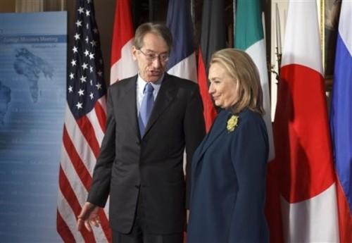 Hillary Rodham Clinton, Giulio Terzi di Sant' Agata