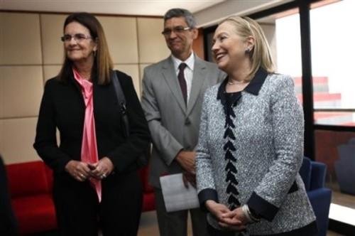 Hillary Rodham Clinton, Maria das Gracas Silva Foster