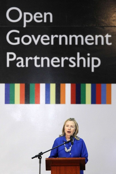 """U.S. Secretary of State Hillary Clinton speaks during the annual conference """"Open Government Partnership"""" in Brasilia"""