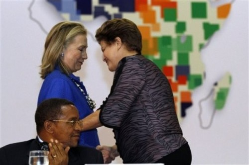 Hillary Rodham Clinton, Dilma Rousseff