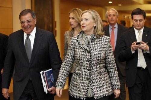 US Defense Secretary Leon Panetta, (L) a