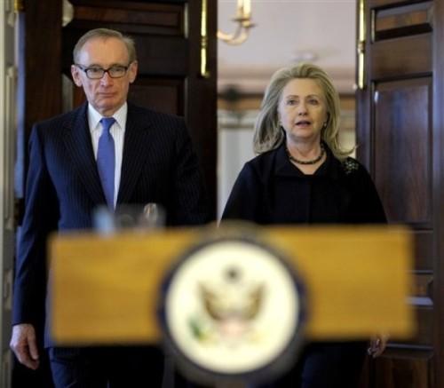 Hillary Rodham Clinton, Bob Carr