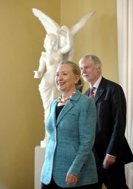 US Secretary of State Hillary Rodham Clinton (L) and Finnish Foreign Minister Erkki Tuomioja leave on June 27, 2012 after signing a General Security of Information agreement during their meeting in Helsinki.  AFP PHOTO / LEHTIKUVA / MARTTI KAINULAINEN - FINLAND OUT -        (Photo credit should read MARTTI KAINULAINEN/AFP/GettyImages)