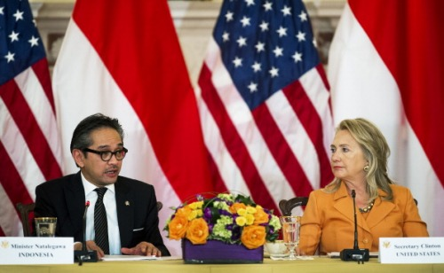 US-INDONESIA-POLITICS-CLINTON