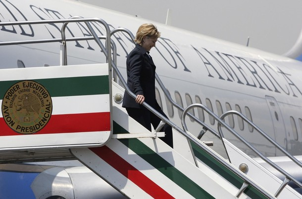 US Secretary of State Clinton arrives at Mexico's City airport