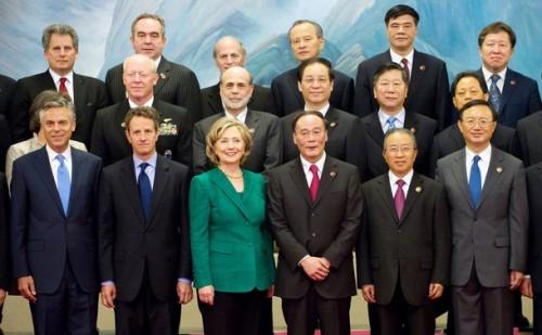 Chinese Vice-Premier Wang Qishan (3rd R)