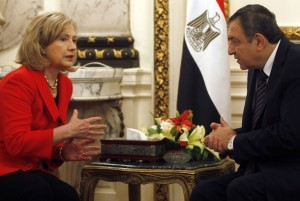 U.S. Secretary of State Clinton meets with Egyptian Prime Minister Sharaf in Cairo