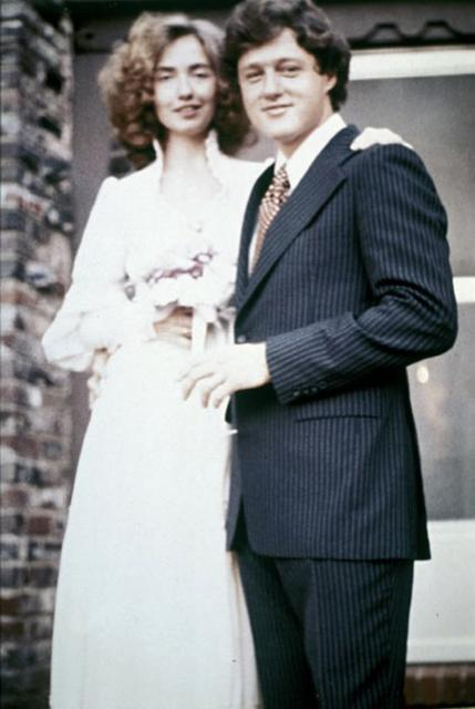 Bill Cllinton and Hillary Clinton wedding photo