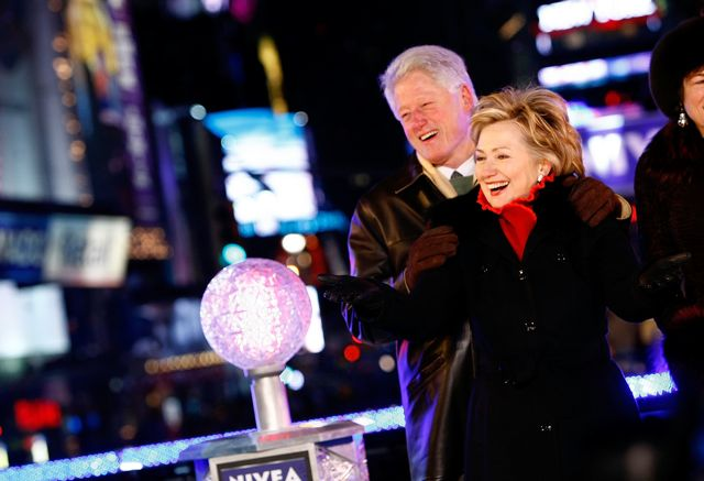 Bill And Hillary Clinton Lower Times Square 2009 New Years Eve Ball