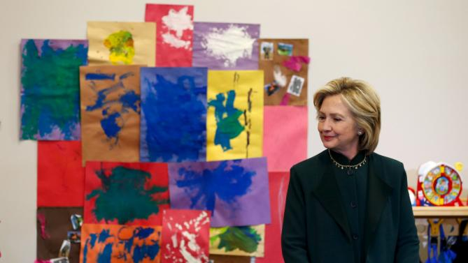 U.S. presidential candidate Hillary Clinton arrives to speak at a roundtable discussion about childcare during a campaign stop in Chicago, Illinois, United States, May 20, 2015.    REUTERS/Jim Young
