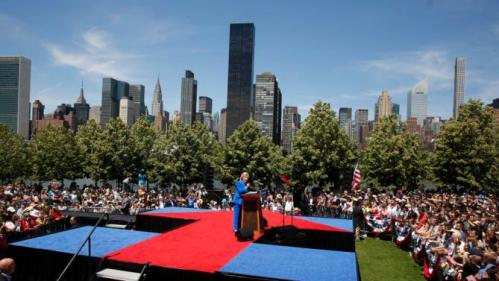 "U.S. Democratic presidential candidate Hillary Clinton delivers her ""official launch speech"" at a campaign kick off rally in Franklin D. Roosevelt Four Freedoms Park on Roosevelt Island in New York City, June 13, 2015. (REUTERS/Lucas Jackson)"