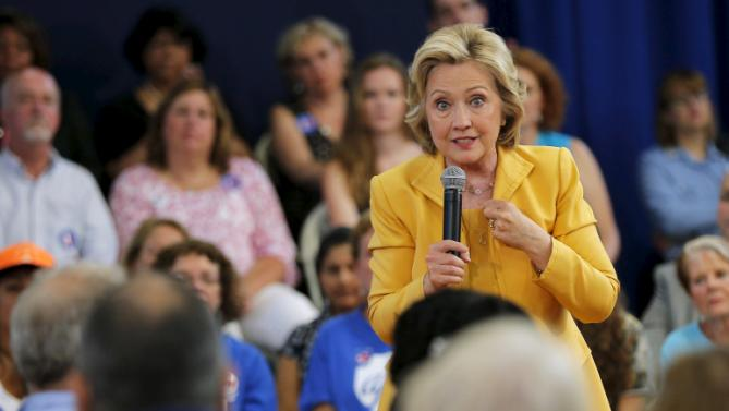 Democratic presidential candidate Hillary Clinton answers a question from the audience during a town hall campaign stop in Nashua, New Hampshire July 28, 2015.  REUTERS/Brian Snyder