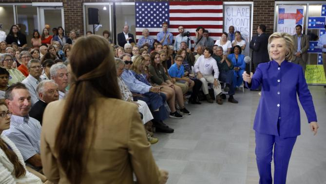 Democratic presidential candidate Hillary Rodham Clinton takes a question during a campaign stop at River Valley Community College Tuesday, Aug. 11, 2015, in Claremont, N.H. (AP Photo/Jim Cole)