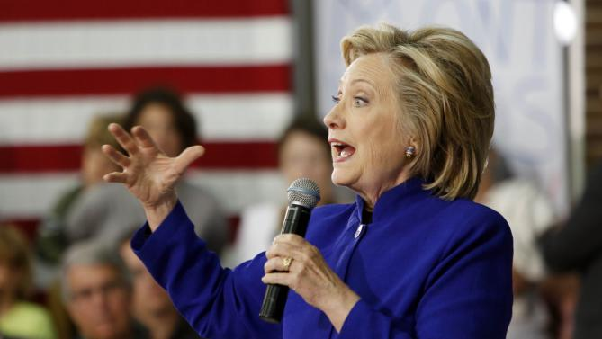 Democratic presidential candidate Hillary Rodham Clinton speaks to voters during a campaign stop at River Valley Community College Tuesday, Aug. 11, 2015, in Claremont, N.H. (AP Photo/Jim Cole)
