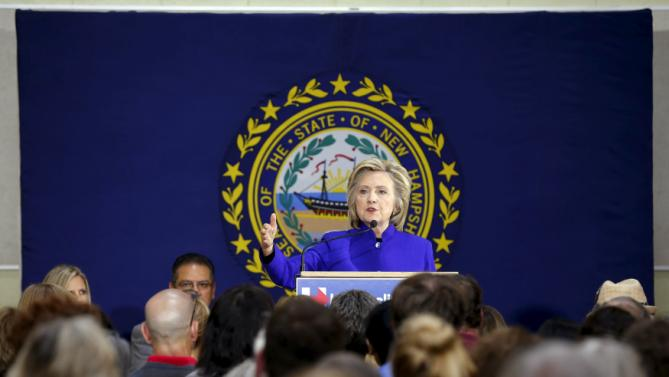 U.S. Democratic presidential candidate Hillary Clinton speaks during a community forum about substance abuse in Keene, New Hampshire August 11, 2015.   REUTERS/Brian Snyder