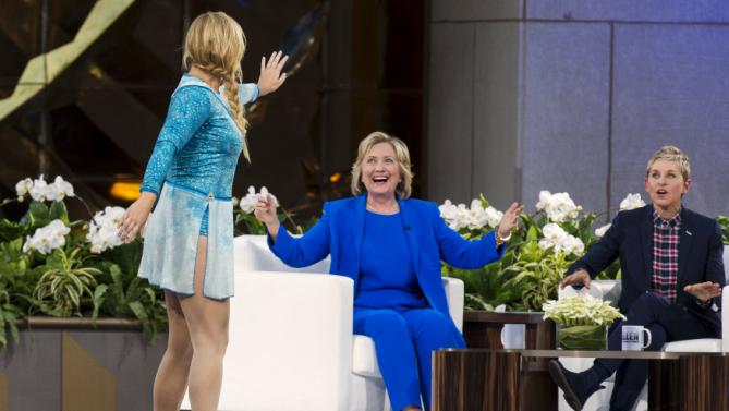 "U.S. Democratic presidential candidate Hillary Clinton laughs with television host Ellen Degeneres (R) and comedian Amy Schumer during a taping of ""The Ellen Degeneres show"" in New York September 8, 2015. REUTERS/Lucas Jackson"