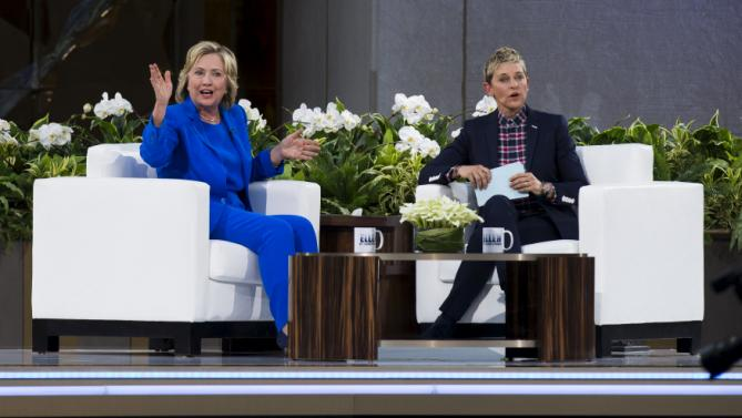 "U.S. Democratic presidential candidate Hillary Clinton speaks with television host Ellen DeGeneres during a taping of ""The Ellen DeGeneres Show"" in New York September 8, 2015. REUTERS/Lucas Jackson"