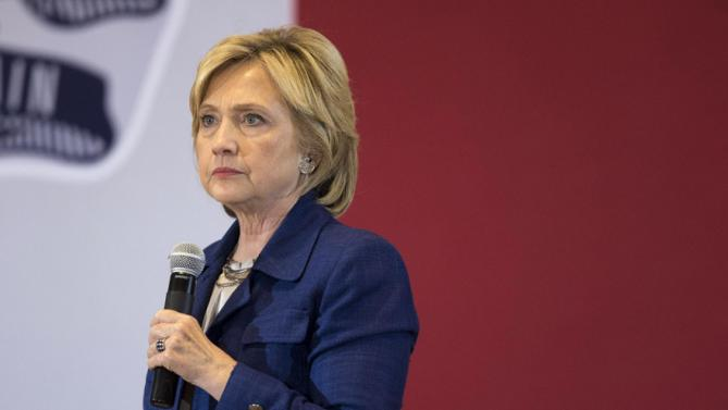 Democratic presidential candidate Hillary Rodham Clinton pauses while speaking during an organizing event at the University of Northern Iowa, Monday, Sept. 14, 2015, in Cedar Falls, Iowa. (AP Photo/Scott Morgan)