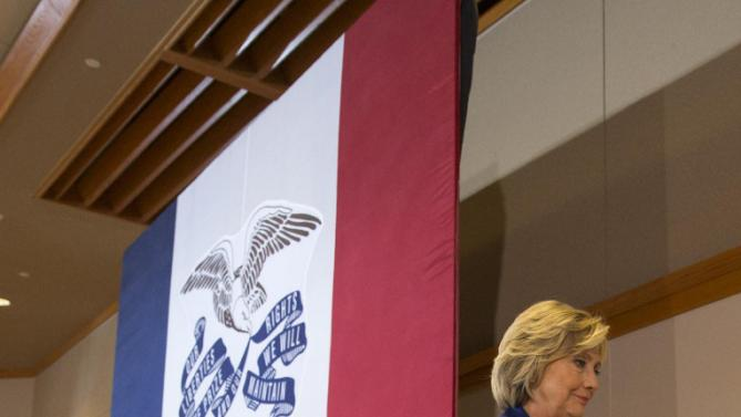 Democratic presidential candidate Hillary Rodham Clinton leaves after speaking at an organizing event at the University of Northern Iowa, Monday, Sept. 14, 2015, in Cedar Falls, Iowa. (AP Photo/Scott Morgan)