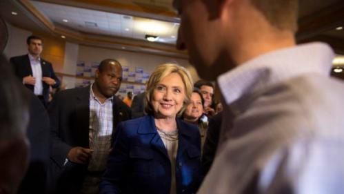 Democratic presidential candidate Hillary Rodham Clinton meets supporters during an organizing event at the University of Northern Iowa, Monday, Sept. 14, 2015, in Cedar Falls, Iowa. (AP Photo/Scott Morgan)