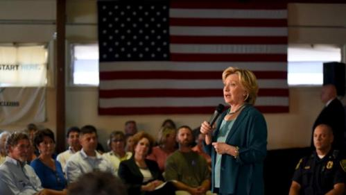 U.S. Democratic presidential candidate Hillary Clinton speaks at the Community Forum on Substance Abuse at The Boys and Girls Club of America campaign event in Laconia, New Hampshire, September 17, 2015. REUTERS/Faith Ninivaggi