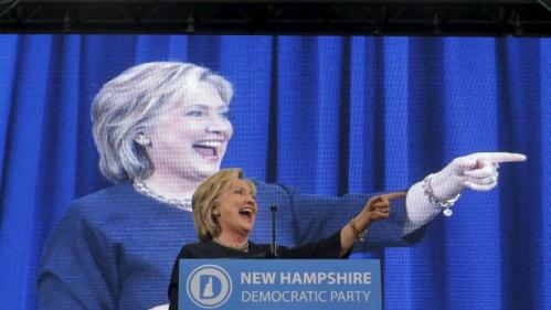 U.S. Democratic presidential candidate Hillary Clinton speaks at the New Hampshire Democratic Party State Convention in Manchester, New Hampshire September 19, 2015. REUTERS/Brian Snyder