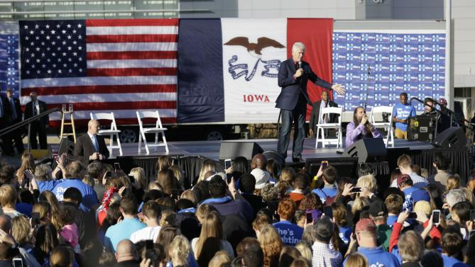 Former president Bill Clinton speaks during a rally for his wife, Democratic presidential candidate Hillary Rodham Clinton, before the Iowa Democratic Party's Jefferson-Jackson Dinner, Saturday, Oct. 24, 2015, in Des Moines, Iowa. (AP Photo/Charlie Neibergall)