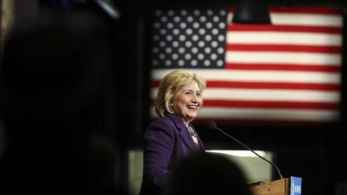 Democratic presidential candidate Hillary Clinton speaks at the at New Hampshire Democrats party's annual dinner in Manchester, N.H., Sunday, Nov. 29, 2015. (AP Photo/Cheryl Senter)