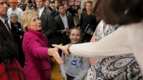 U.S. Democratic presidential candidate Hillary Clinton greets audience members at a campaign town hall meeting in Salem, New Hampshire December 8, 2015. REUTERS/Brian Snyder