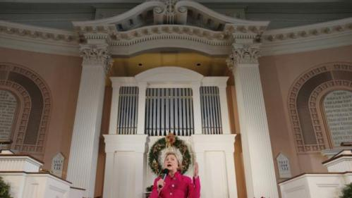 U.S. Democratic presidential candidate Hillary Clinton speaks at a campaign town hall meeting at South Church in Portsmouth, New Hampshire, December 29, 2015. REUTERS/Brian Snyder
