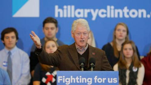 Former U.S. President Bill Clinton speaks at a campaign rally for his wife, Democratic presidential candidate Hillary Clinton, in Nashua, New Hampshire January 4, 2016. REUTERS/Brian Snyder