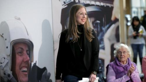Chelsea Clinton, daughter of U.S. Democratic presidential candidate Hillary Clinton, arrives to campaign on behalf of her mother in Concord, New Hampshire, January 12, 2016. REUTERS/Brian Snyder