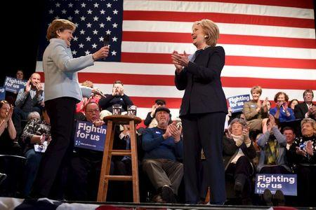 U.S. Senator Jeanne Shaheen (D-NH) introduces U.S. Democratic presidential candidate Hillary Clinton at Rochester Opera House campaign town hall meeting in Rochester, New Hampshire January 22, 2016. REUTERS/Faith Ninivaggi