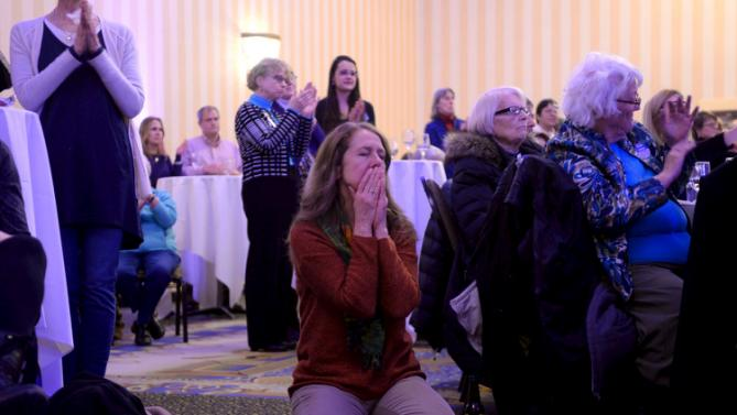 Bonnie Argeropoulos of Bow, NH reacts during U.S. Democratic presidential candidate Hillary Clinton's speech at the NARAL Pro-Choice NH Roe v. Wade Dinner in Concord, New Hampshire January 22, 2016. REUTERS/Faith Ninivaggi