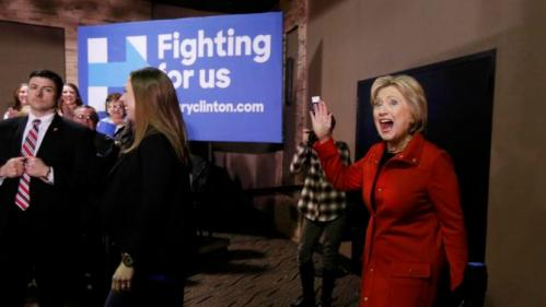 US presidential candidate Hillary Clinton and her daughter Chelsea arrives at a campaign event in Carroll, Iowa February 30, 2016. REUTERS/Jim Bourg