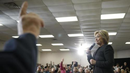 Democratic presidential candidate Hillary Clinton speaks during a campaign stop, Wednesday, Feb. 3, 2016, in Derry, N.H. (AP Photo/Matt Rourke)