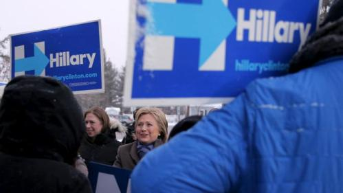 U.S. Democratic presidential candidate Hillary Clinton and her daughter Chelsea (L) visit a polling place in Manchester, New Hampshire February 9, 2016, the day of New Hampshire's first-in-the-nation primary. REUTERS/Brian Snyder
