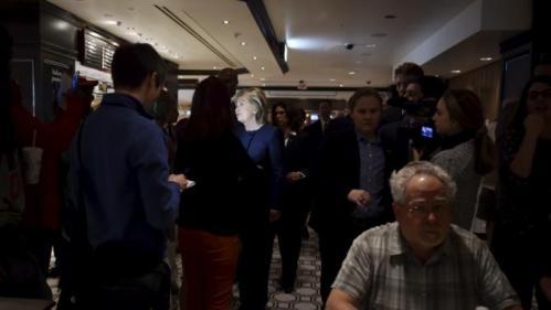 Democratic presidential candidate Hillary Clinton greets people at Harrah's Las Vegas in Las Vegas, Nevada February 13, 2016. REUTERS/David Becker