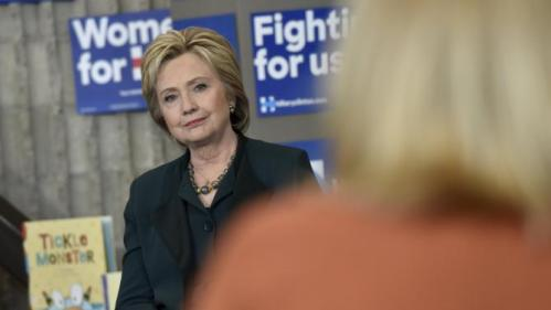 U.S. Democratic presidential candidate Hillary Clinton listens during a women and family roundtable at the College of Southern Nevada in North Las Vegas, Nevada February 19, 2016. REUTERS/David Becker