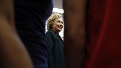 Democratic presidential candidate Hillary Clinton meets with students at Del Sol High School, Friday, Feb. 19, 2016, in Las Vegas. (AP Photo/John Locher)
