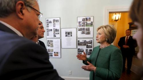 U.S. Democratic presidential candidate Hillary Clinton tours the SC STRONG home for ex-offenders and substance abusers on grounds of the former Navy Yard in North Charleston, South Carolina February 24, 2016. REUTERS/Jonathan Ernst