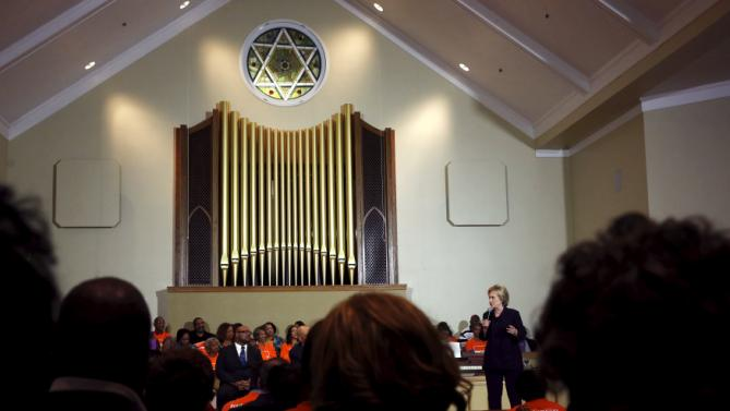 U.S. Democratic presidential candidate Hillary Clinton holds a town hall meeting for supporters at Cumberland United Methodist Church in Florence, South Carolina February 25, 2016. REUTERS/Jonathan Ernst