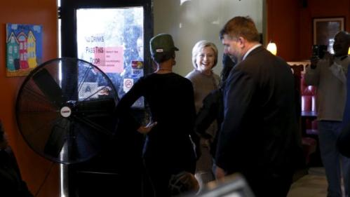 U.S. Democratic Presidential candidate Hillary Clinton arrives to greet voters at Hannibal's Kitchen in Charleston, South Carolina, February 26, 2016. REUTERS/Jonathan Ernst
