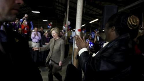 U.S. Democratic presidential candidate Hillary Clinton takes the stage to rally with supporters at a local politician's annual oyster roast and fish fry in Orangeburg, South Carolina February 26, 2016. REUTERS/Jonathan Ernst