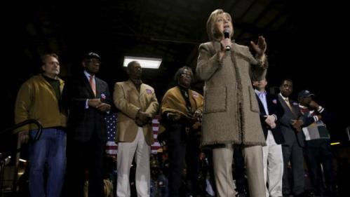 U.S. Democratic presidential candidate Hillary Clinton rallies with supporters at a local politician's annual oyster roast and fish fry in Orangeburg, South Carolina February 26, 2016. REUTERS/Jonathan Ernst