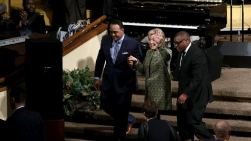 U.S. Democratic presidential candidate Hillary Clinton departs after speaking at a worship service at the Mississippi Boulevard Christian Church in Memphis, Tennessee, February 28, 2016. REUTERS/Jonathan Ernst