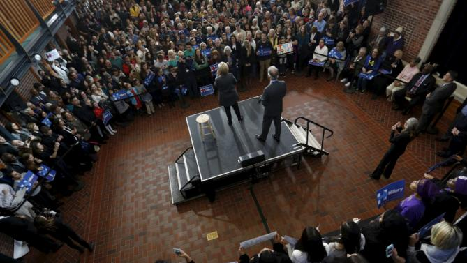 U.S. Democratic presidential candidate Hillary Clinton stands onstage with U.S. Representative Richard Neal (D-MA) to rally with supporters at Wood Museum of Springfield History in Springfield, Massachusetts February 29, 2016. REUTERS/Jonathan Ernst