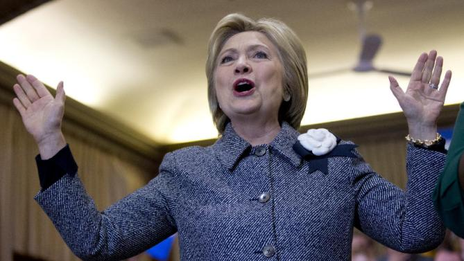 Democratic presidential candidate Hillary Clinton speaks during a campaign event at Chicago Journeymen Local Plumbers Union in Chicago, Monday, March 14, 2016. (AP Photo/Carolyn Kaster)