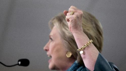 Democratic presidential candidate Hillary Clinton shakes her fist as she speaks during a campaign event at the IAM District 751 Everett Union Hall in Everett, Wash., Tuesday, March 22, 2016. (AP Photo/Carolyn Kaster)